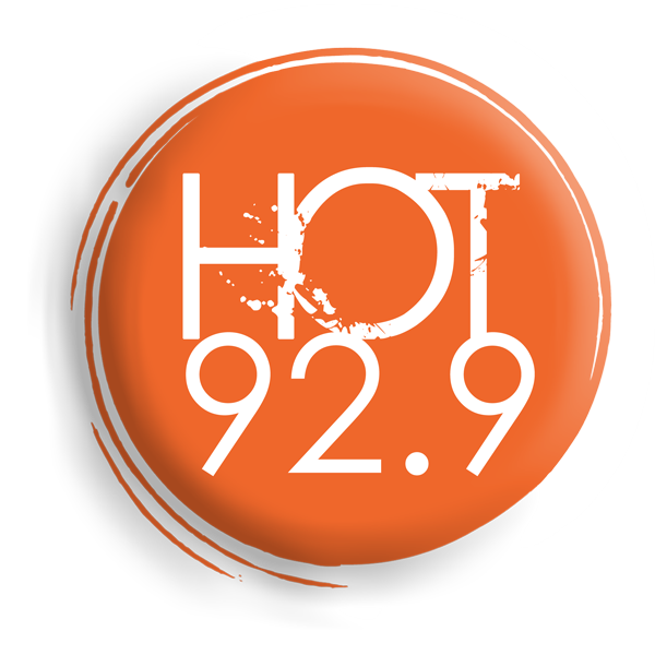 HOT 92.9 FM